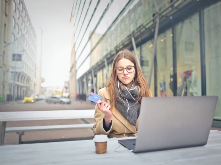 Top 9 Unsecured Credit Cards For 600 Credit Score