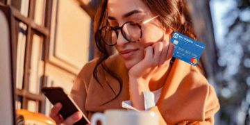 How to Apply for a Credit Card for the First Time